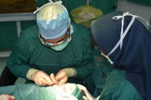بررسی شغل پزشک زیبایی