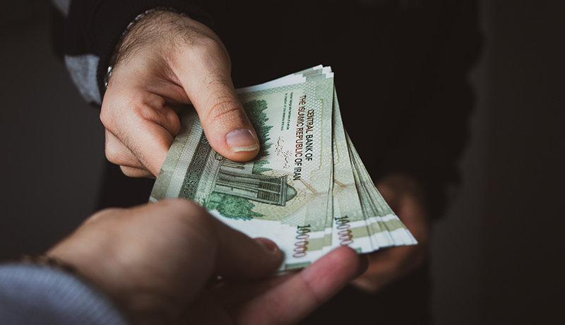 ابلاغ نشدن دستمزد کارگران به نفع هیچ کسی نیست
