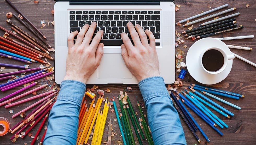 بررسی استخدام و شرایط کار گرافیست