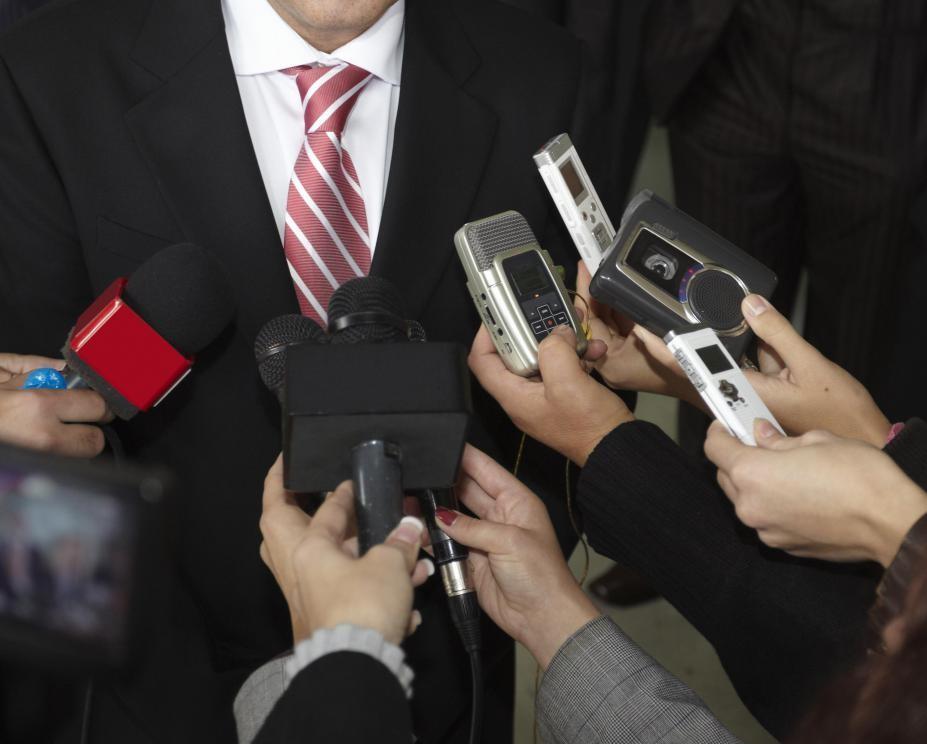 صلاحیت ها و مدارک مورد نیاز برای مدیر روابط عمومی